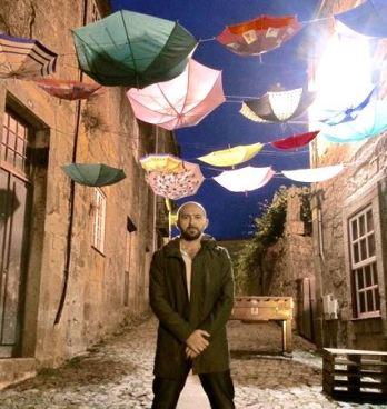 Umbrellas_Luis